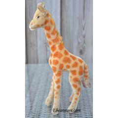 Steiff giraffe 35 cm. EAN 0750/35