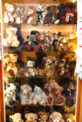 charlie bears shop netherlands